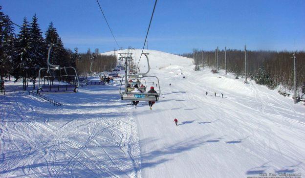 Email Template: Mountain ski